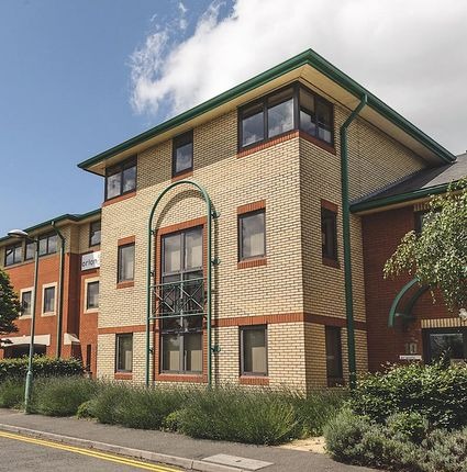 Thumbnail Office to let in Bell Business Park, Smeaton Close, Aylesbury, Bucks