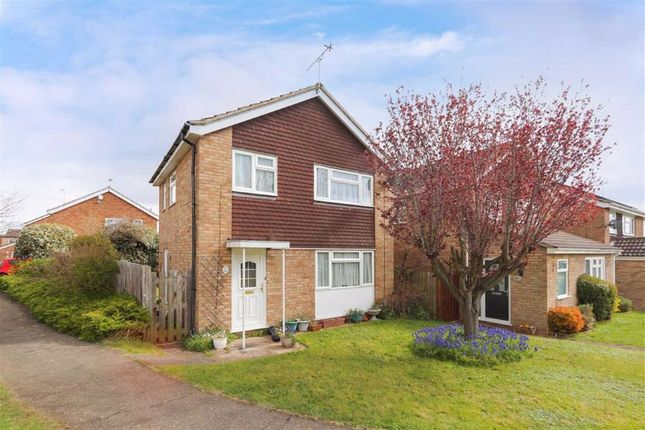3 bed detached house for sale in Willow Bank Walk, Leighton Buzzard LU7
