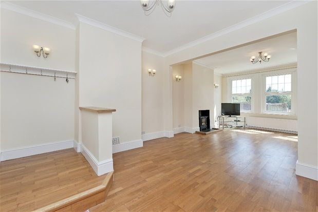 Thumbnail Flat to rent in Collingtree Road, London