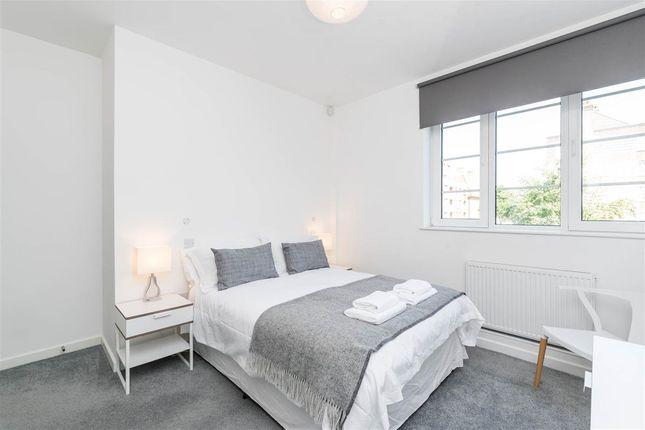 Second Bedroom of Vauxhall Street, London SE11