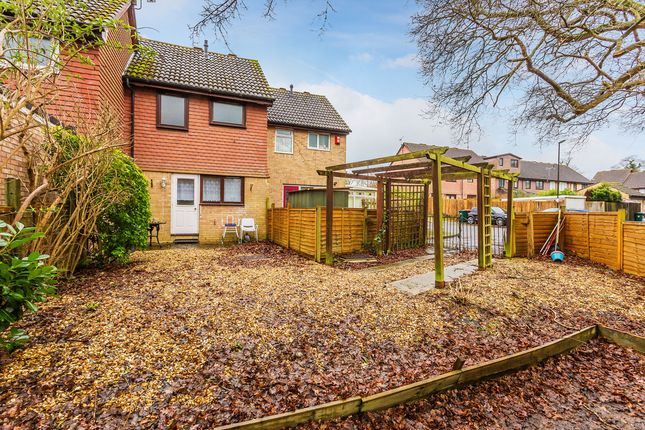 Thumbnail Terraced house for sale in Gorling Close, Crawley