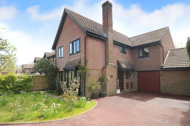 5 bed property for sale in Horley, Surrey RH6
