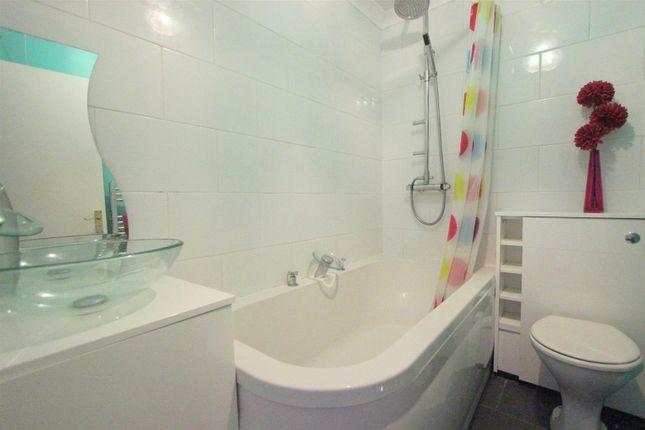 Bathroom of Killin Road, Darlington DL1