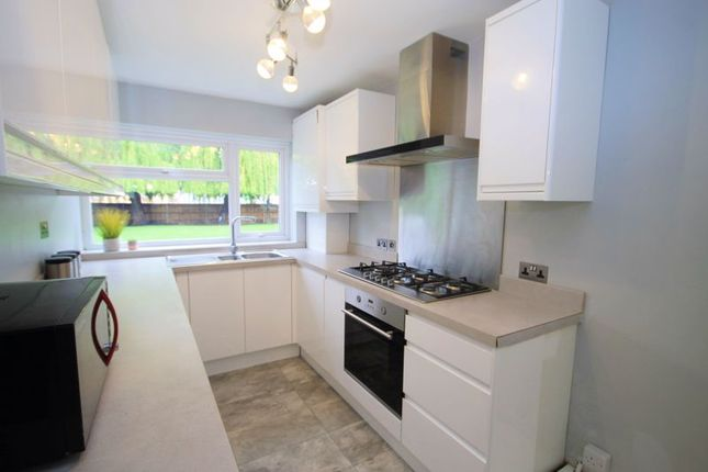 Flat for sale in Middleton Avenue, Greenford