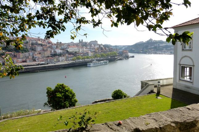 Thumbnail Warehouse for sale in P610, Building By The Douro River In Gaia, Porto, Portugal