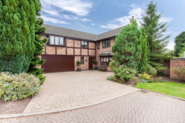 Thumbnail Detached house for sale in The Mount, Congleton