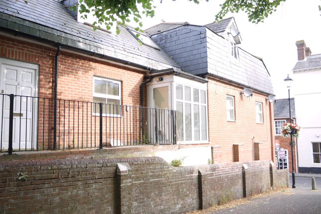 Thumbnail Flat to rent in Turk Street, Alton