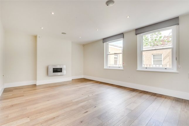 Thumbnail Flat to rent in Cavalry Square, Chelsea, London