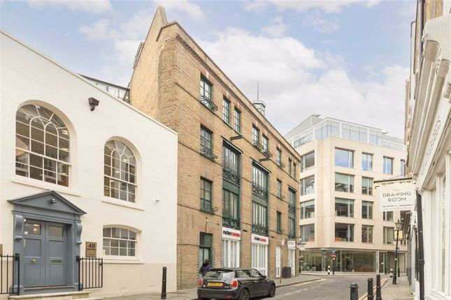 2 bed flat for sale in Parliament Court, London E1