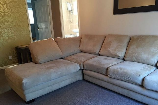 Thumbnail Flat to rent in Chelsea Court, West Derby, Liverpool