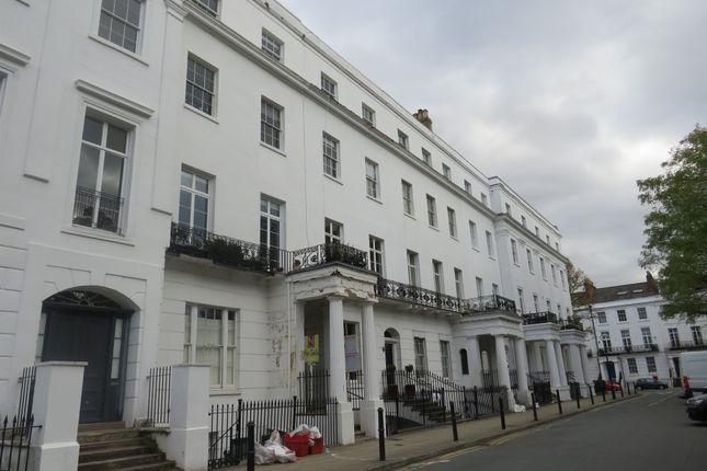 Thumbnail Flat for sale in Clarendon Square, Leamington Spa