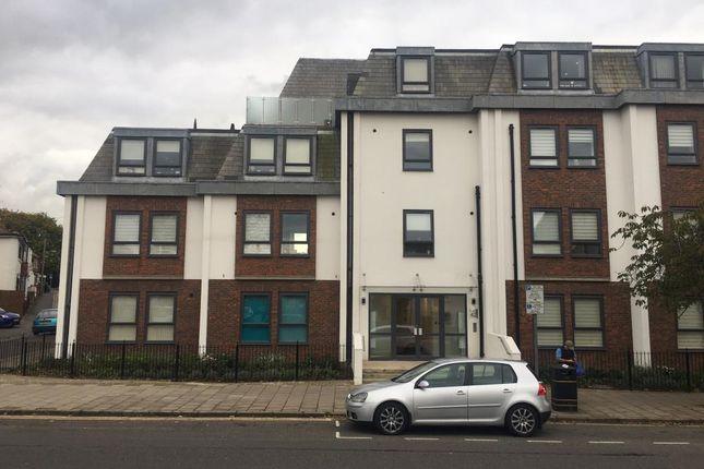 Thumbnail Flat to rent in The Peninsula, Aylesbury