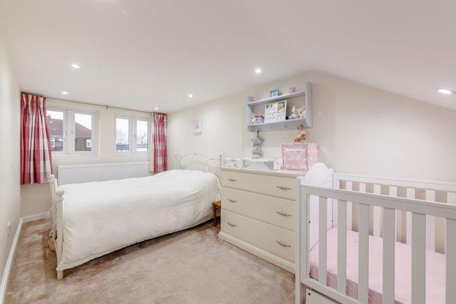 Loft Bedroom of Chestnut Road, Twickenham TW2