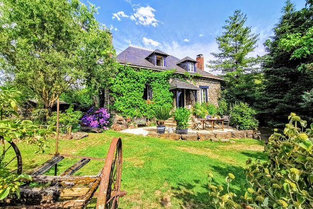 Thumbnail Villa for sale in Arnac Pompadour, Corrèze, Nouvelle-Aquitaine