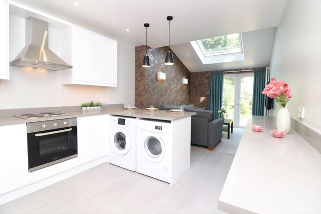 Thumbnail Semi-detached house to rent in Sherborne Road, Southampton
