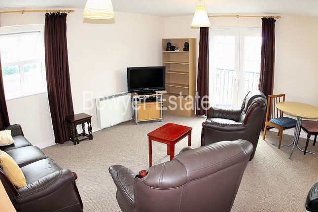 2 bed property for sale in Queens Court, Regency Walk, Middlewich, Cheshire.