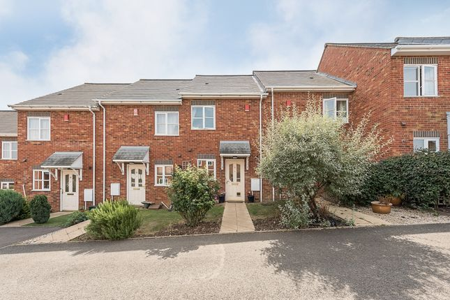 Thumbnail Semi-detached house to rent in Dickinsons Field, Harpenden