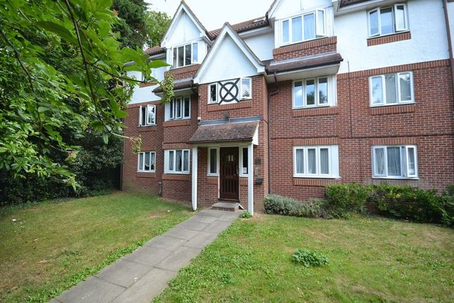 1 bed flat to rent in Ryde Drive, Stanford-Le-Hope SS17