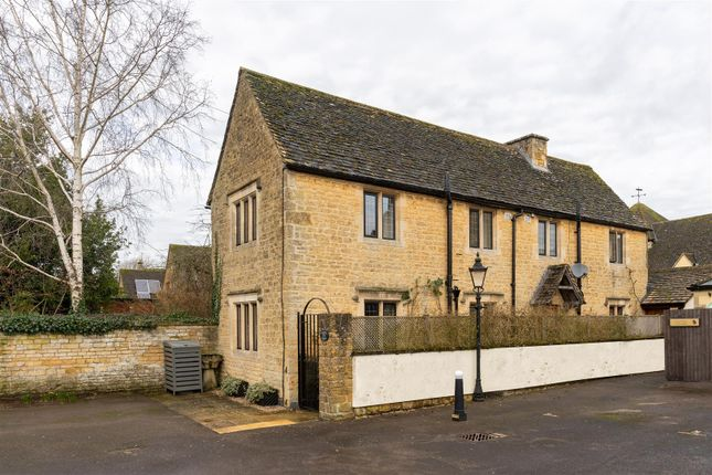 Thumbnail Cottage for sale in Clapton Row, Bourton On The Water, Gloucestershire