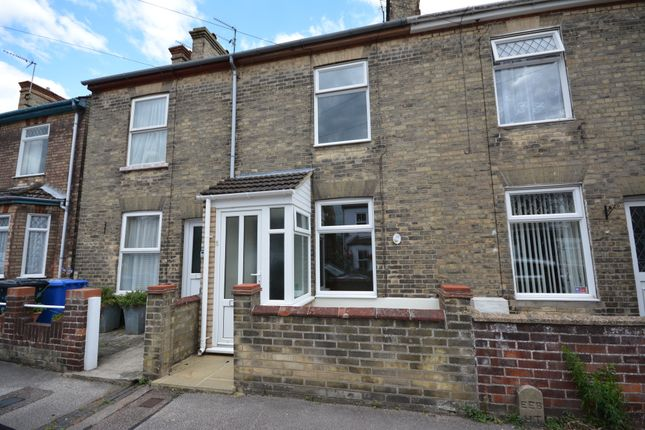 Thumbnail Terraced house to rent in Rochester Road, Lowestoft, Suffolk