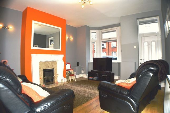 Thumbnail Terraced house for sale in Dukinfield Road, Hyde