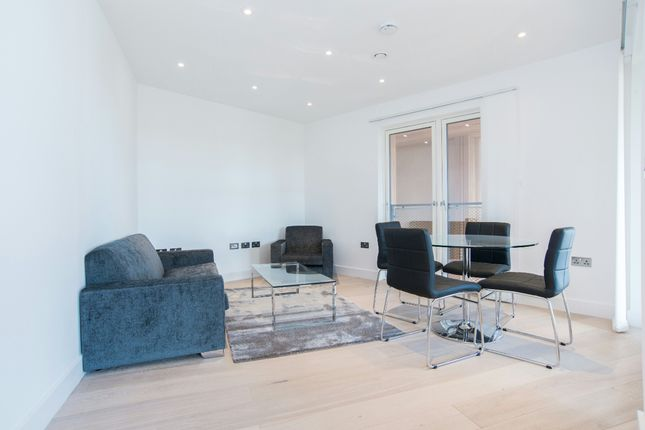 Thumbnail Flat for sale in Banyan Wharf, Cube Building, Islington