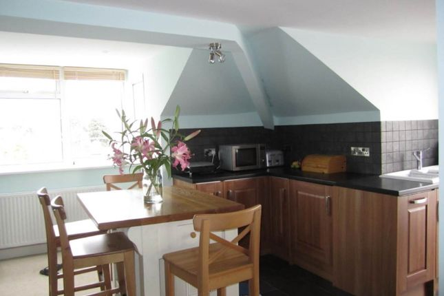 Thumbnail Flat to rent in Victoria Park Road, St. Leonards, Exeter