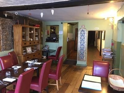 Thumbnail Restaurant/cafe to let in 2 Castle Street, Thornbury, Bristol, Gloucestershire