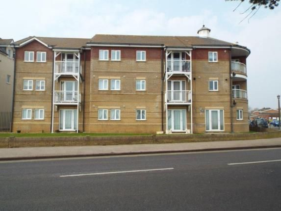 Thumbnail Flat for sale in Vista Road, Clacton On Sea, Essex