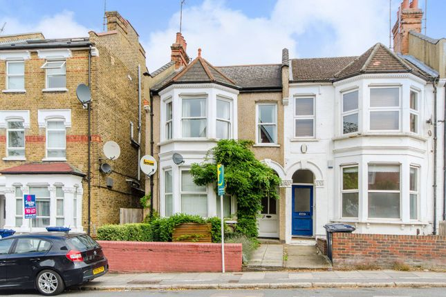 Thumbnail Flat for sale in Dollis Road, Finchley