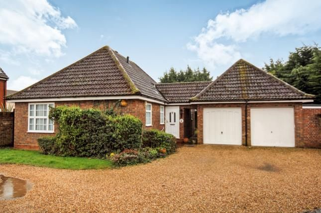 Thumbnail Bungalow for sale in South Woodham Ferrers, Chelmsford, Essex