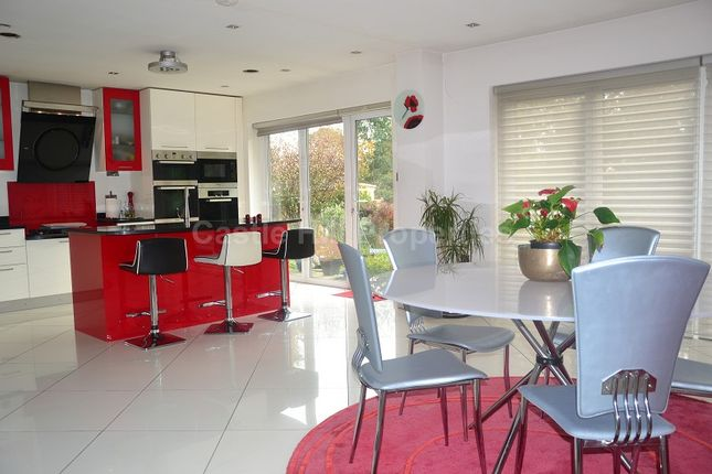 Thumbnail Detached bungalow for sale in Post Meadow, Iver, Buckinghamshire.