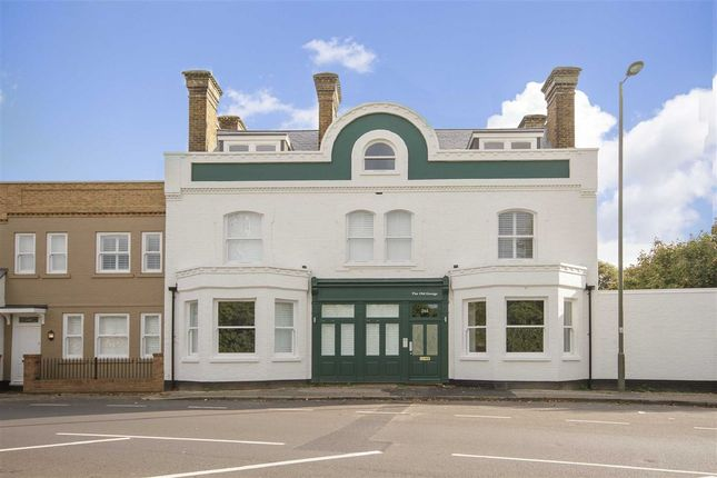 Thumbnail Flat to rent in Kempton Park, Staines Road East, Sunbury-On-Thames