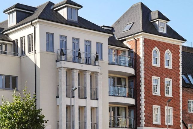 Thumbnail Flat to rent in Bakhaty House, Jewry Street, Winchester, Hampshire