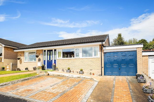 2 bed bungalow for sale in Vyrnwy Road, Oswestry, Shropshire SY11