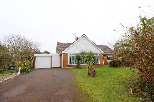 Thumbnail Bungalow for sale in Drayton Rise, Little Common, Bexhill-On-Sea