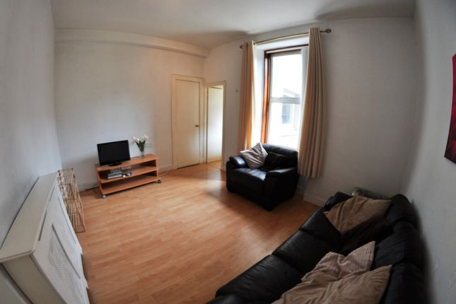 Thumbnail Flat to rent in Wallfield Place, Aberdeen