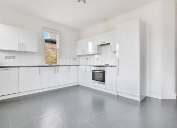 Thumbnail Flat to rent in Tennyson Road, London