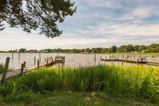 Property for sale in Colonial Beach, Virginia, 22443, United States Of America