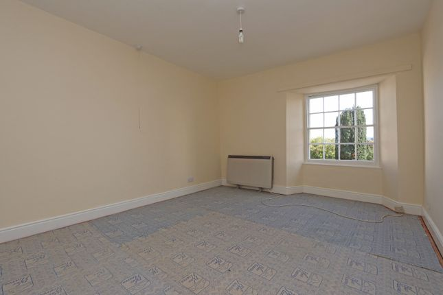 Bedroom 1 of High Street, Uffculme, Cullompton EX15