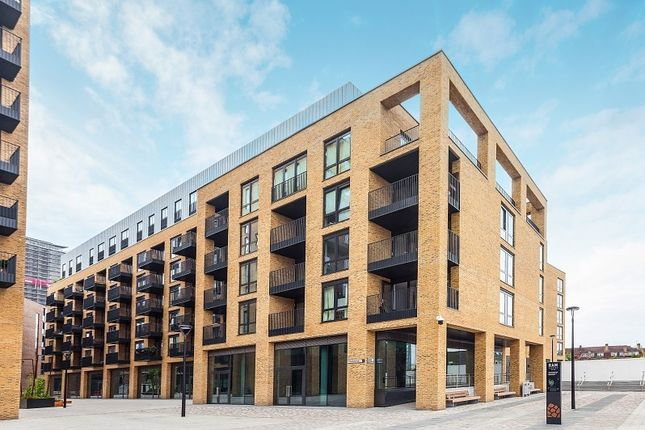 Thumbnail Flat to rent in Chivers Passage, Ram Quarter, Wandsworth