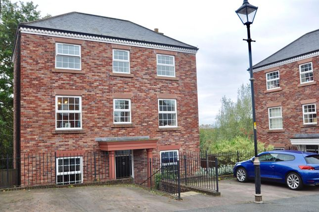 Thumbnail Detached house for sale in Woodland View, Hyde