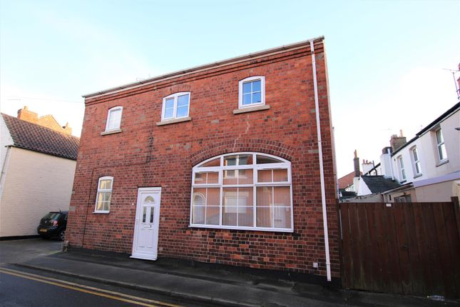 Thumbnail Flat for sale in Gray Street, Lincoln