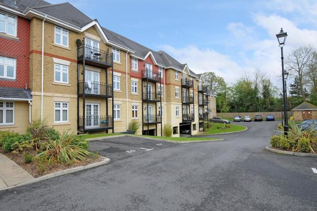 Thumbnail Flat for sale in Mayfield Court, London Road, Bushey