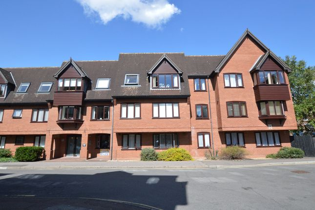 Thumbnail Flat to rent in Cavendish House, Recorder Road, Norwich