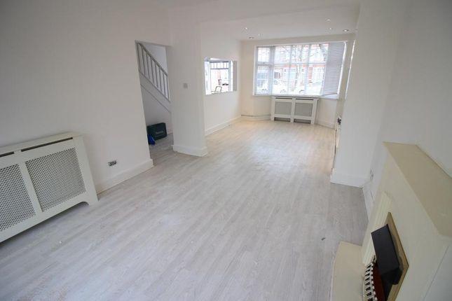 Thumbnail Semi-detached house to rent in Heston Avenue, Heston, Hounslow