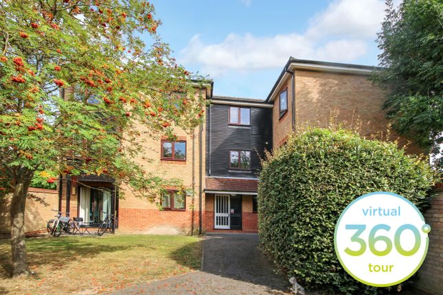 Thumbnail Flat to rent in Loris Court, Cherry Hinton, Cambridge