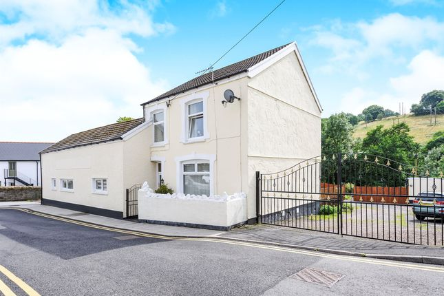 Thumbnail Detached house for sale in Commercial Street, Bedlinog, Treharris
