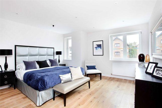 Thumbnail Flat for sale in Sheet Street, Windsor, Berkshire