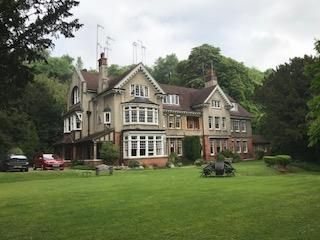 Thumbnail Flat to rent in The Chestnut, Harestone Valley Road, Caterham
